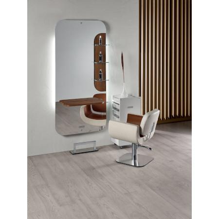 Frisierplatz_New_York_Salon